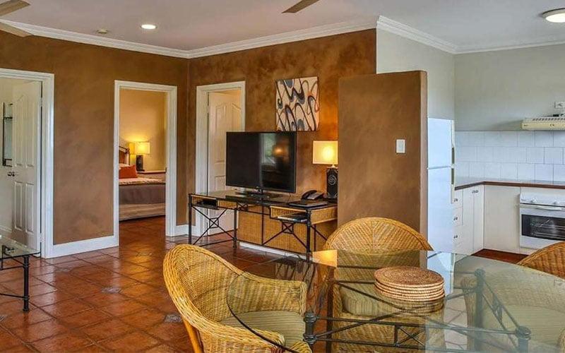 two bedroom suite broome, moonlight bay suites